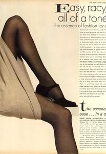 Avedon_Vogue_US_September_1st_1972_04.thumb.jpg.c95def4b75d77288392e762a01fd3e4c.jpg