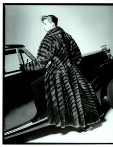 Demarchelier_Vogue_Italia_September_1986_Speciale_11.thumb.png.4e08ffedadaaf4210cae84796690eb6f.png