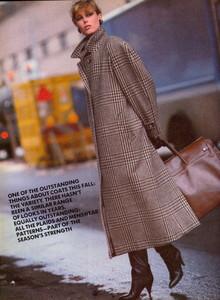 Elgort_Vogue_US_September_1982_05.thumb.jpg.7a3d63ccf6a590f79069c25062acb532.jpg