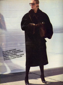 Elgort_Vogue_US_September_1982_07.thumb.jpg.e4545bd1f8f1a86170c4727265201b78.jpg