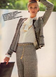 Elgort_Vogue_US_September_1982_17.thumb.jpg.6110f2ac6116741f61a38b2431e930a1.jpg