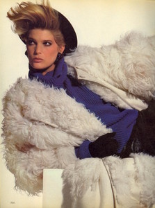 Penn_Vogue_US_November_1982_05.thumb.jpg.75928f740395d2431e52374e0f86bab0.jpg