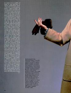 Skrebneski_Vogue_Italia_September_1986_Speciale_05.thumb.png.961de1d3d59f60e344a77db24ea51851.png