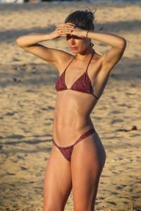 doutzen-kroes-in-bikini-bahia-beach-in-brazil-1.jpg