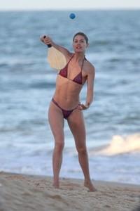 doutzen-kroes-in-bikini-bahia-beach-in-brazil-4.jpg