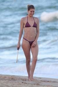 doutzen-kroes-in-bikini-bahia-beach-in-brazil-9.jpg