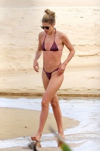 doutzen-kroes-in-bikini-enjoys-beach-day-in-bahia-0.jpg