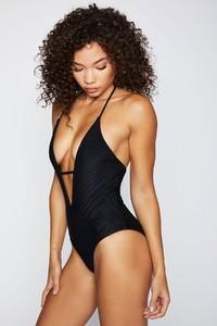 frankies-bikinis-lilly-rib-black-side.jpg