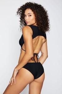 frankies-bikinis-shea-rib-black-back_6eee87d2-47f9-4954-9d5e-3242bc128729.jpg