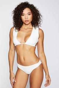 frankies-bikinis-shea-rib-white-front_b6e96d52-82ac-4321-91b8-1536b66c7b77.jpg