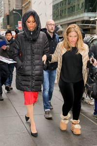 tyra-banks-arriving-at-the-today-show-in-nyc-3.jpg