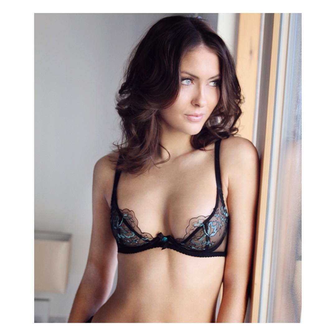 100 Photos of Amber O Shea Model