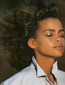 5a927a8368686_Elle-August1986(8-1986)USAwhiteshirtcharm!bensimon.thumb.jpg.25945f4a149880629388687e9c44a450.jpg