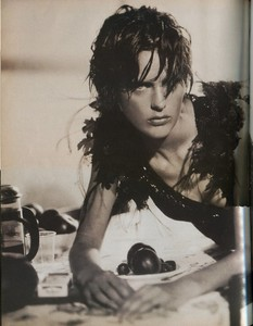 wmagazine october 1997 by paolo roversi (1).jpg