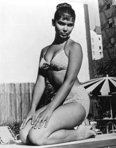 Yvonne Craig - bikini kneeling.jpg