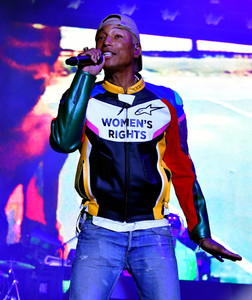 Pharrell+Williams+adidas+Creates+747+Warehouse+mnIoMey-9vox.jpg