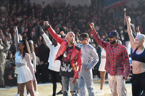 Pharrell+Williams+NBA+Star+Game+2018+3yW9_l886l1x.jpg