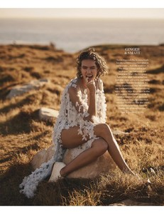 VogueAustralia-March2018-page-007.jpg