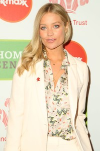 laura-whitmore-the-prince-s-trust-and-tk-maxx-and-homesense-awards-in-london-2.jpg