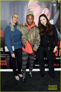 pharrell-williams-roxanne-roxanne-screening-march-2018-09.jpg