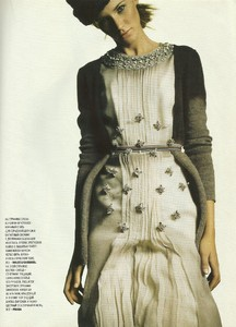 marie claire russia september 2004 4.jpg