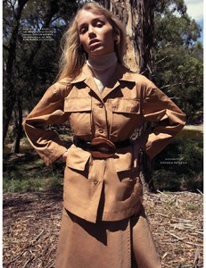 Elle_Australia_-_May_2018-page-003.jpg