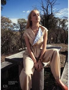 Elle_Australia_-_May_2018-page-008.jpg