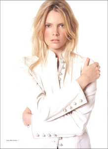 fc_CosmopolitanUK-Mar2003_Nathalie-Cox-04_phCarlotta-Moye.jpg