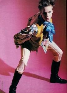 glamour_fr_june_1989_18.thumb.jpg.d0c30c6598f593c3c4775e3190b6928d.jpg
