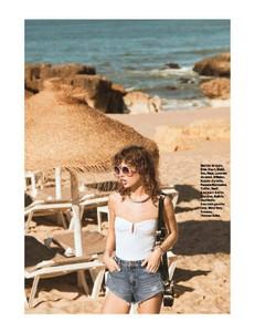 Grazia448-page-005.jpg