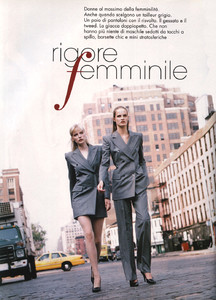 Mathilde-Pedersen-ELLE-ITALIA-OCTOBER-1997-Rigore-Femminile-ph.Eamonn-J.-McCabe-01.thumb.jpg.cbb33fc292c7b1c1654dcd50e19163df.jpg