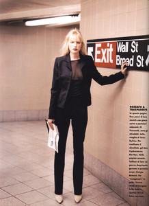 Mathilde-Pedersen-ELLE-ITALIA-OCTOBER-1997-Rigore-Femminile-ph.Eamonn-J.-McCabe-03.thumb.jpg.7c077543fab9a9dd66aeea4fa8148d49.jpg