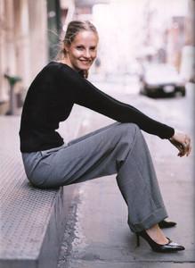 Mathilde-Pedersen-ELLE-ITALIA-OCTOBER-1997-Rigore-Femminile-ph.Eamonn-J.-McCabe-07.thumb.jpg.7cdba3fc454bd4540002f73db42ebc40.jpg