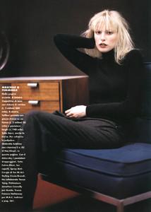 Mathilde-Pedersen-ELLE-ITALIA-OCTOBER-1997-Rigore-Femminile-ph.Eamonn-J.-McCabe-12.thumb.jpg.dc475a2c287a6d3ef93e849292d078fa.jpg