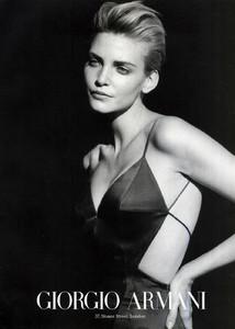 Nadja-Auermann-Giorgio-Armani-1997-01.thumb.jpg.9ec71add72b8c7158d8eefbd25194c14.jpg