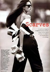 Yasmin_McCabe_Vogue_US_January_1989_03.thumb.jpg.ed786d66f0cfdfde3e5b1b551a7ecbca.jpg