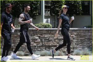adam-levine-behati-prinsloo-kick-off-their-sunday-workout-21.jpg
