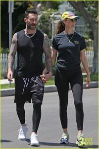 adam-levine-behati-prinsloo-kick-off-their-sunday-workout-28.jpg