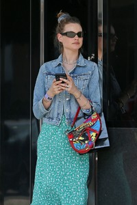 behati-prinsloo-at-yourmomcares-event-in-los-angeles-05-23-2018-1.jpg