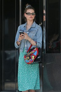 behati-prinsloo-at-yourmomcares-event-in-los-angeles-05-23-2018-3.jpg