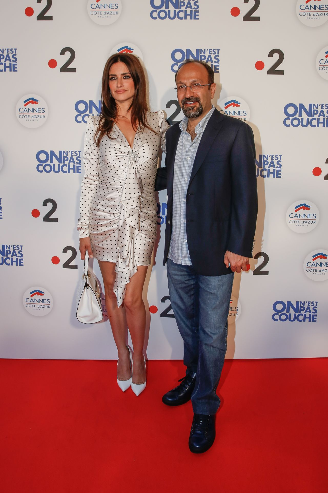 https://www.bellazon.com/main/uploads/monthly_2018_05/penelope-cruz-we-are-not-lying-photocall-at-cannes-film-festival-3.jpg.c2cf5127c5b644b0b629b1bb97958cea.jpg