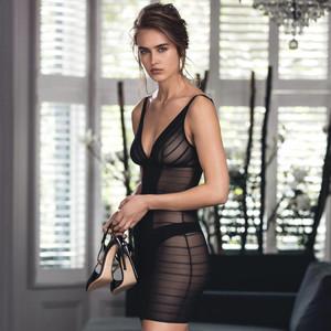 robe-wacoal-sexy-shaping-noir.jpg