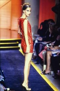 versace-hc-fw-1997-3.thumb.jpg.d58daa9bd0de4d2777d4de1e81acaf6f.jpg