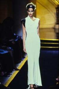 versace-hc-fw-1997-5.thumb.jpg.dfa321d42e46cef65586361cd9ae44a1.jpg