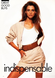 vogue_uk_july_1988_33.thumb.jpg.392fd1462e33637794a65f37b3eb1fdf.jpg