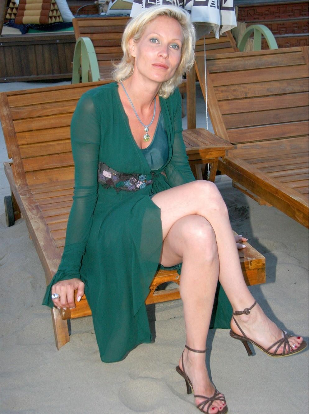 Rebecca Hampton Nude Photos 68