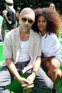Tina+Kunakey+Louis+Vuitton+Front+Row+Paris+sGGaCp6k221x.jpg