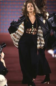 1993F_06-1.jpg