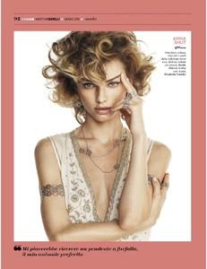 2018-06-23+Vanity+Fair+Italia-page-003.jpg