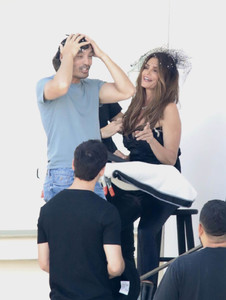 cindy-crawford-on-the-set-of-a-photoshoot-in-los-angeles-2018-06-29-08.jpg